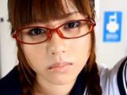 「かわいい声の女子学生が電車内で集団痴漢にあうww」のキャプチャー画像