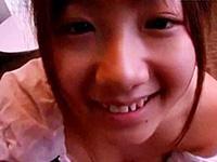 中●生にしかみえないロリっ子のお顔に大量のザーメン顔射!